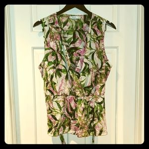 🚩2 for $15 - Ricki's Pink/Green Floral Top